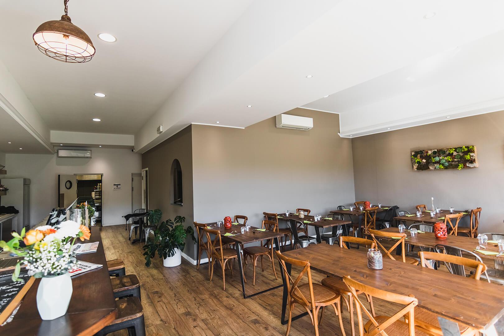 Intérieur boutique-restaurant Biguglia - L'Atelier du Chef - Traiteur Corse
