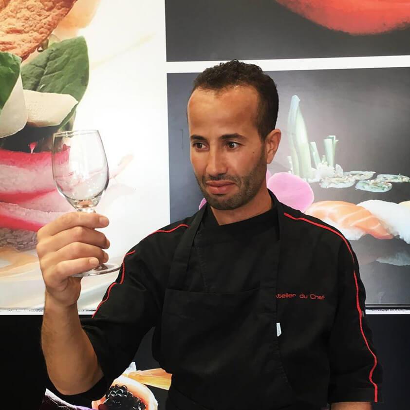 Nourredine KRELOUF - Apprenti chargé de communication - L'Atelier du Chef - Traiteur Corse